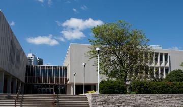 Duncan McArthur Hall on a sunny summer day